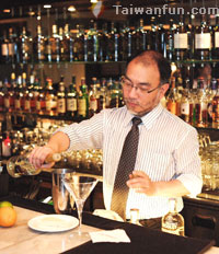 Bartender: William Wang