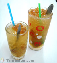 Jinshu Pineapple with Crushed Ice